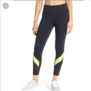 Athleta Colorblock Spliced Sonar Mesh 7/8 Leggings